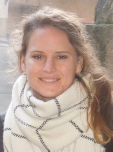 Anna Lowe - headshot